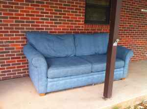 couch for sale craigslist
