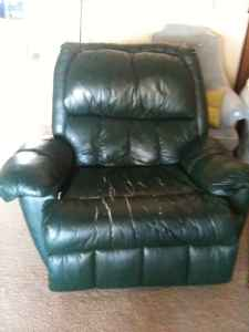 nice recliner craigslist & Funny Craigslist Ad #167: RE: Nice Recliner - $45 (Columbia ... islam-shia.org